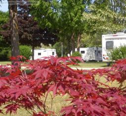 vente d'un camping en bord d'une rivière