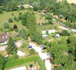 PRL** + gîtes* + camping sur 4 hectare (71)
