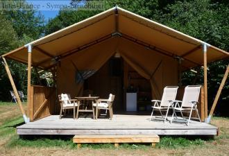 très beau camping à vendre dans l'occitanie avec une trentaine d'emplacements sur presque 7 hectar