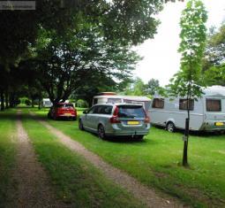 camping en bourgognece camping est situé sur un terrain de près de 4 hectares