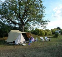 camping naturiste à vendre à proche du sarlat et de tous commerces, moins de 2