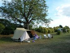 camping avec maison et piscine à vendre , moins de 25 emplacements