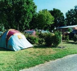 camping BORD DE RIVIERE (GL 4534)