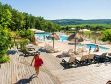 très beau camping au coeur du Périgord, vallée des Chateaux