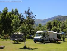 vente d'un camping familial dans l'occitanie avec environ soixante emplacements sur presque 2 hectar