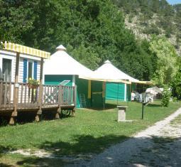 Petit camping 3 étoiles au calme en pleine nature