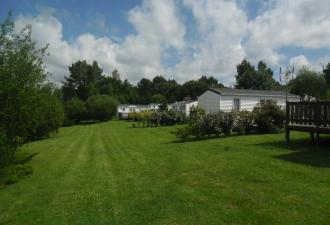 camping a vendre avec plus de 50 emplacements et des mobile-homes avec maison d'habitation