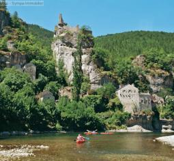 vente d'un beau camping en bord d'une rivière avec moins de 50 emplacements