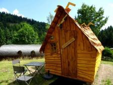 camping calme avec vue panoramique sur 6 hectare