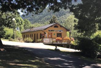 Camping 3* à vendre en Ariège - 1,5 ha