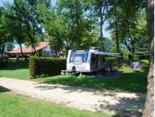 A vendre - Camping de 3.4 ha équipé de chalets & mobil-homes dans le Gers