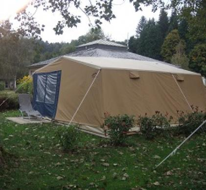 tentes  6 places  cabanon